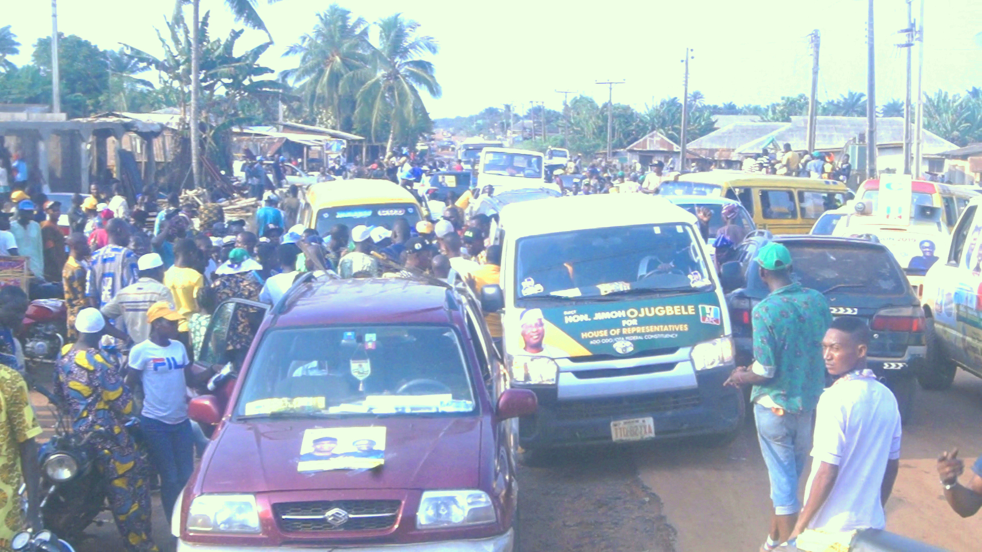 APC Campaign Tour Of 16 Wards In Ado-Odo/Ota Kick Starts Amidst Massive Turn Out Of Supporters