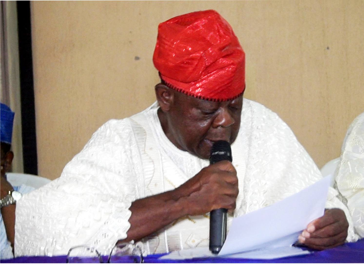 """""""Retract The Claim That Aworis Do Not Own Lagos Or Be Ready To Face Court Actions""""- Aworis Dares APC Chieftain, Prince Tajudeen Olusi"""