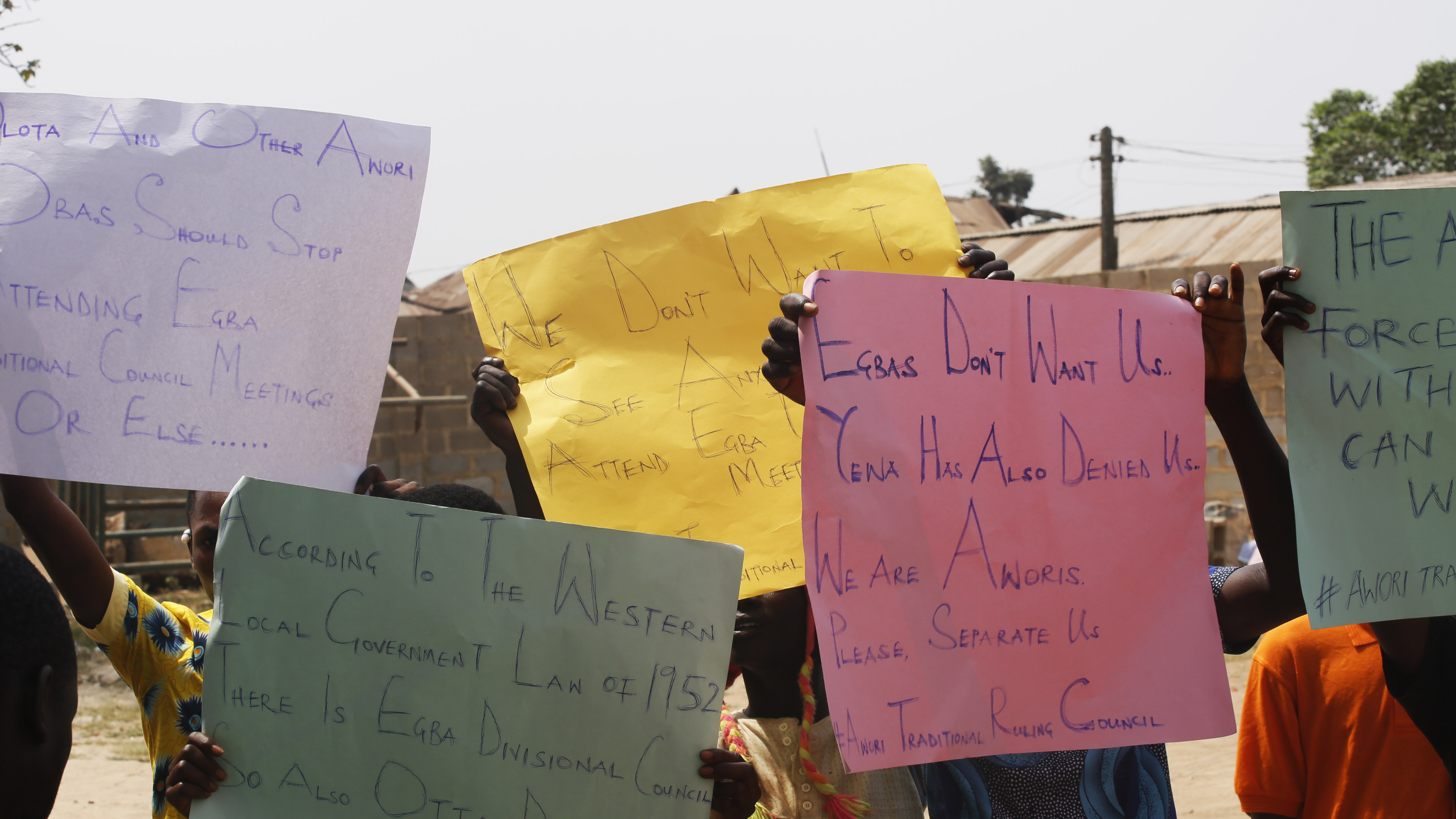 Awori Traditional Ruling Council: Youth Group Protests, Warns Awori Obas  Not To Attend Egba Traditional Council Meetings
