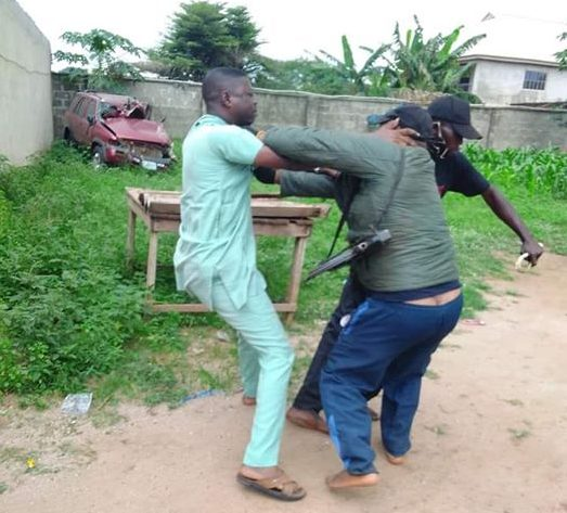 Police Brutality: The Divisional Officer Of Ketu-Adie Owe Police Post, ASP Ajoba Lamidi Supervises Humiliation Of Ado-Odo/ Ota LG Transition Committee Secretary, KLM Over Face Mask