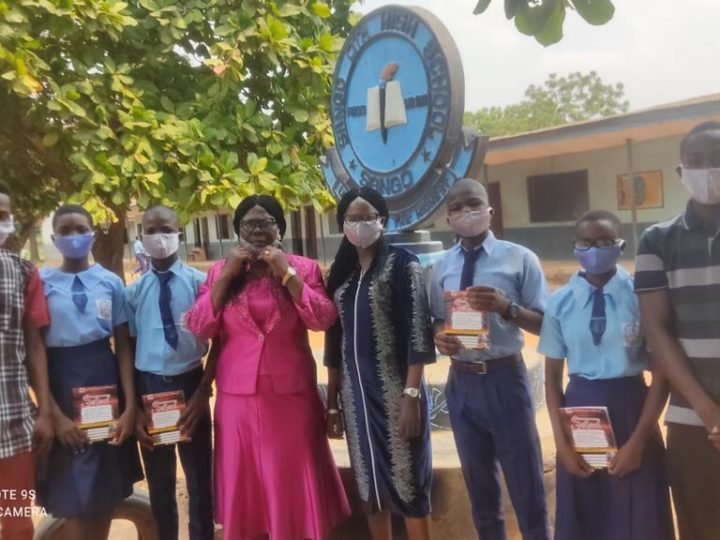 Association Of Awori Intellectuals (AAI) Donates Free Exercise Books, Nose Masks To Students In Ado-Odo/Ota