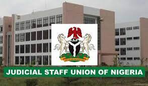 Breaking: Judiciary Staff Union Storms Federal High Court In Ikoyi, Evict Workers