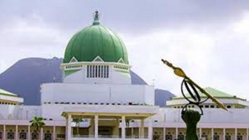 Insecurity: Hunters Besiege N/Assembly, Beg FG, Lawmakers For An Opportunity To Confront Bandits, Insurgents