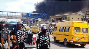 Panic As Hoodlums Attempt To Burn Ile-Epo Police Station In Lagos