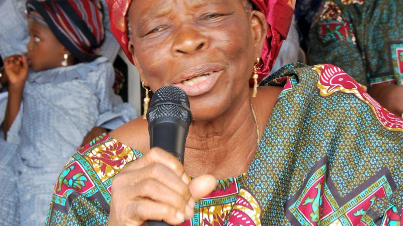 Children Of Late Alhaja Akinboyede Pay  Tributes To Matriarch, Fixes Date For Firdau Prayer