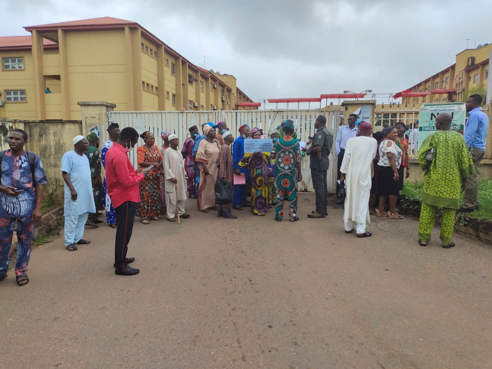 """""""Honour Your late Father And Treat Pensioners Well""""- Protesters Urge Dapo Abiodun"""